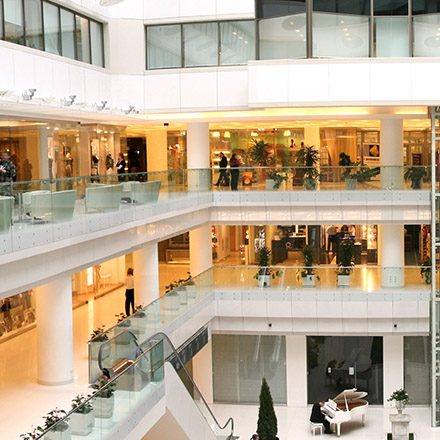 Smart retail building